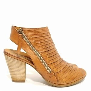 Paul Green 'Cayanne' Leather Peep Toe Sandals Sz10
